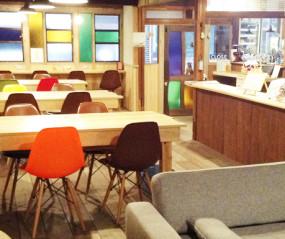 cafe 松風の店内風景